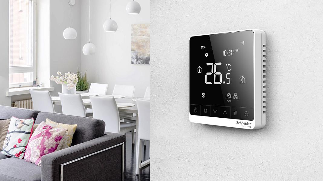 Ιδανικές συνθήκες θερμοκρασίας από τους νέους fan coil θερμοστάτες της Schneider Electric