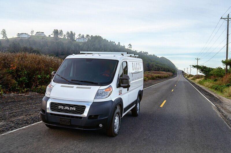 FCA και Waymo επεκτείνουν τη συνεργασία τους στην τεχνολογία αυτόνομης οδήγησης