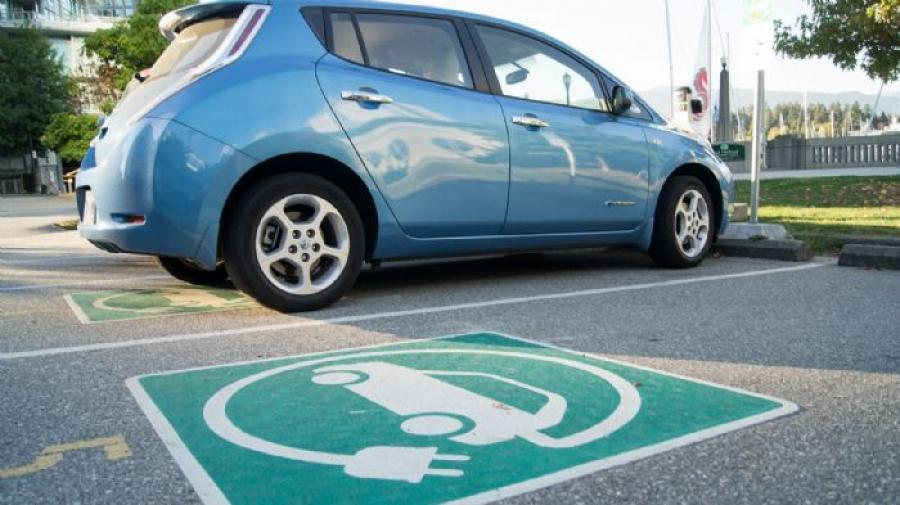 Ανεβαίνουν οι πωλήσεις ηλεκτρικών αυτοκινήτων στην Ευρώπη