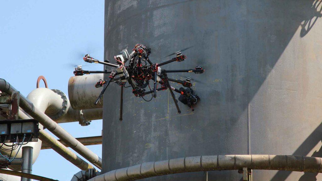 Με τεχνολογίες ρομποτικής και συστήματα τεχνητής νοημοσύνης η επιθεώρηση των υποδομών μεταφορών και διυλιστηρίων
