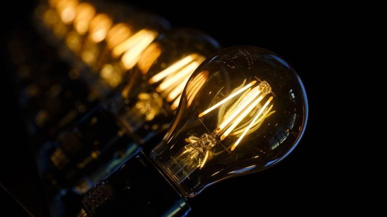 Aύξηση 32,1% στο χονδρεμπορικό κόστος του ρεύματος