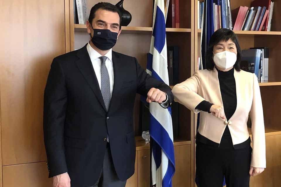 Συνάντηση Υπουργού με την Πρέσβειρα της Κίνας για τις επενδύσεις στην Ελλάδα