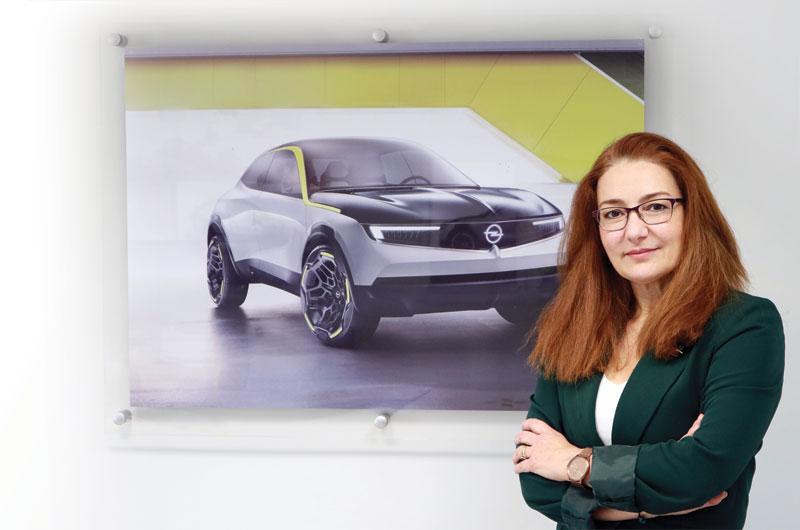 Μ. Καλλέργη: «Η Opel πίστεψε νωρίς στην ηλεκτροκίνηση»