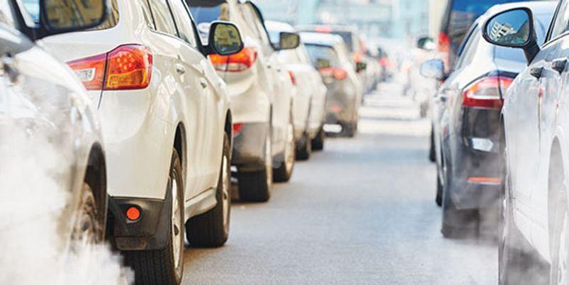 Το βάρος και η ιπποδύναμη των αυτοκινήτων οδηγούν σε υψηλότερες εκπομπές CO2