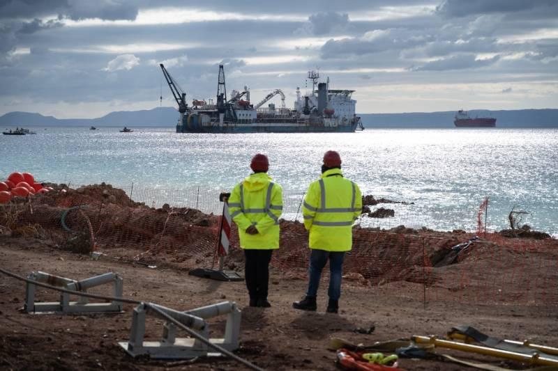 Σκρέκας: Μείωση κόστους-ενεργειακή επάρκεια στα νησιά με τις διασυνδέσεις