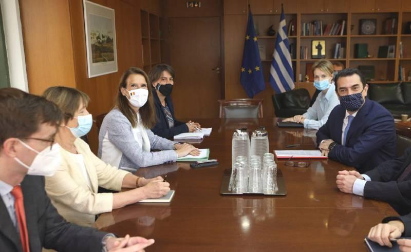 Συνάντηση του Υπουργού Περιβάλλοντος και Ενέργειας, Κώστα Σκρέκα, με την Αναπληρώτρια Πρωθυπουργό και Υπουργό Εξωτερικών του Βελγίου, Sophie Wilmès